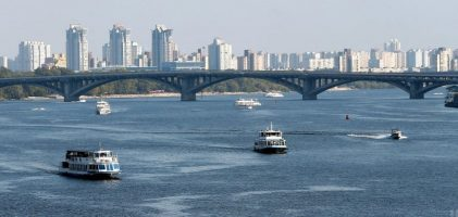 Як у киян крадуть Дніпро